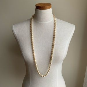 Long, vintage Pearl necklace with 925 hardware